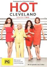 Hot in Cleveland : Season 2 - Valerie Bertinelli