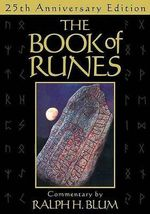The Book of Runes - Ralph H. Blum