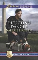 Detecting Danger : Love Inspired Suspense - Professor of History Valerie Hansen