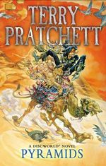 Pyramids : Discworld Novels : Book 7 - Terry Pratchett