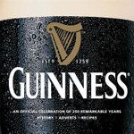 Guinness : An Official Celebration of 250 Remarkable Years: History, Ads, Recipes - Paul Hartley