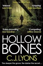 Hollow Bones - C. J. Lyons