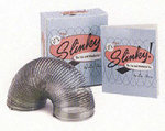 It's Mini Slinky! : Miniature Editions - Lou Harry