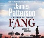 Maximum Ride: Fang : Dystopian Science Fiction - James Patterson