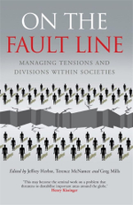 On the Fault Line : Managing tensions and divisions within societies - Jeffrey Herbst