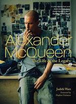 Alexander Mcqueen : Fashion Visionary - Judith Watt