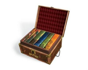 Harry Potter Set in a Hogwarts Trunk, with all 7 Hardcover Books - USA EDITION (with Stickers) - J. K. Rowling