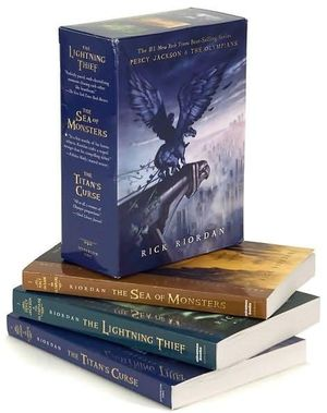 Percy Jackson and the Olympians (Three Volume Boxed Set) : Lightning Thief / The Sea of Monster / The Titan's Curse (USA Edition) - Rick Riordan