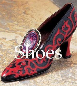 Shoes : Mega Square - Marie-Josephe Bossan